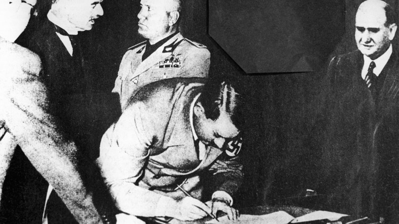 Das Dritte Reich erneut besiegen: Warum ist Geschichtsrevisionismus in Europa wieder in Mode?