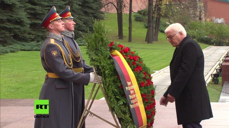 Moskau: Bundespräsident Steinmeier bei Kranzniederlegung am Grab des Unbekannten Soldaten