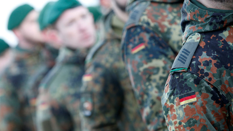 Nazis in der Bundeswehr - Reservisten gefeuert