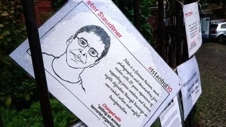 Türkische Staatsanwaltschaft fordert Freilassung des deutschen Menschenrechtlers Peter Steudtner