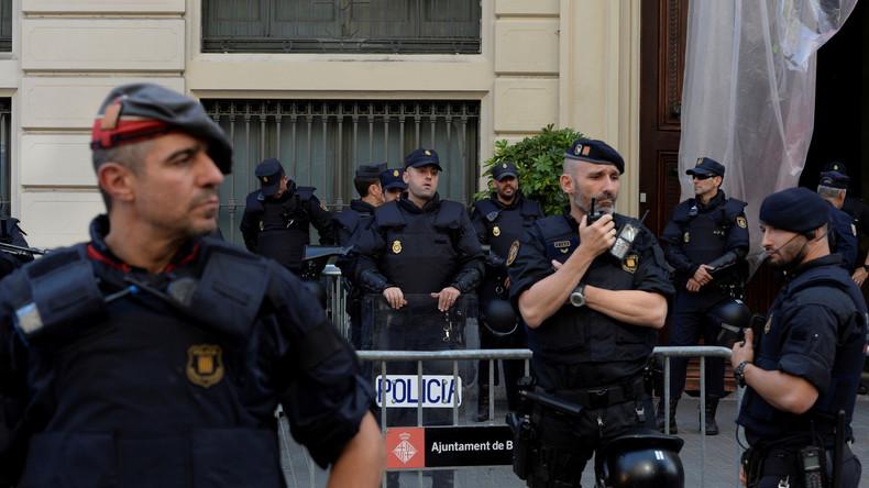 Machtübernahme durch spanische Regierung: Auf wen hört die katalanische Polizei? [Video]