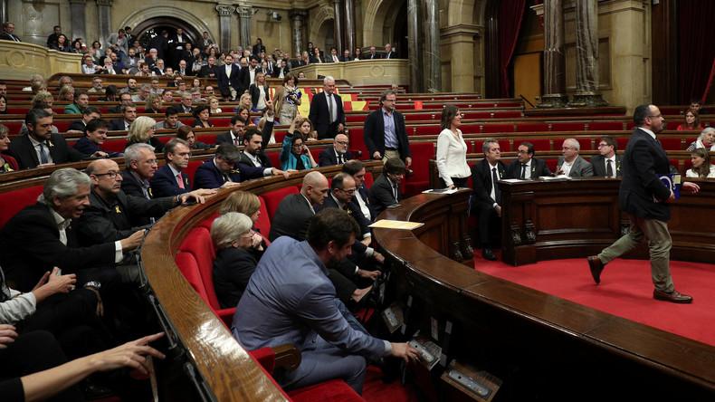 Regionalparlament in Katalonien stimmt für Unabhängigkeit