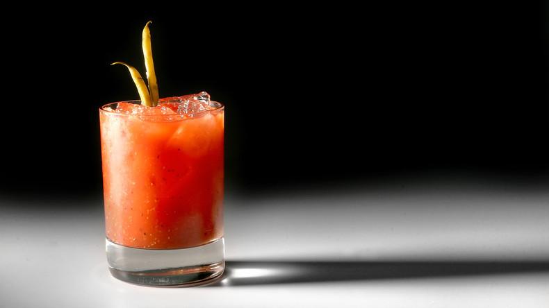 """""""Bloody Hour"""": Bar gibt menstruierenden Frauen Rabatt"""