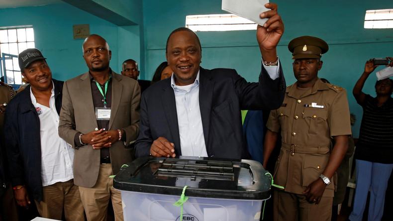 Kenias Staatschef Uhuru Kenyatta gewinnt umstrittene Wahl - Proteste der Opposition
