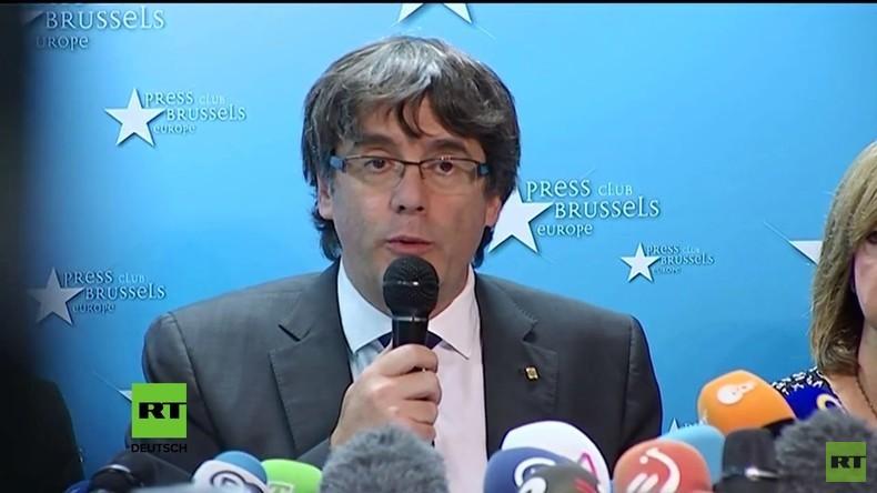 Erste Pressekonferenz des ehemaligen katalanischen Präsidenten Puigdemont im Brüssel