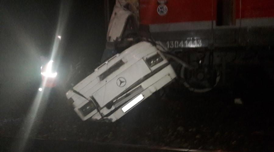 Russland: Zug erfasst Bus in Russland - Mindestens 19 Tote