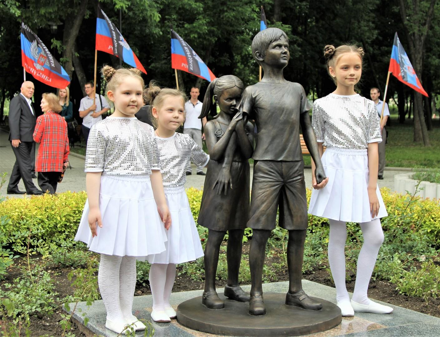 Weder Krieg noch Frieden: Wie USA und Deutschland die Ukraine in ihren politischen Spielen benutzen