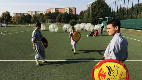 Geflüchtete Kinder aus Syrien finden Halt, Gemeinschaft und Disziplin im Shaolin Kultur Verein in Berlin (Foto: Alexander Pałucki)