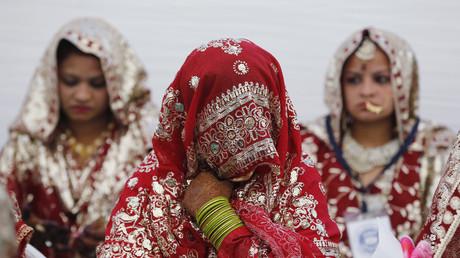 Indisches Gericht stuft Sex mit minderjähriger Gattin als Vergewaltigung ein (Symbolbild)