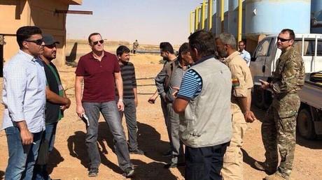 Links Saudi-Minister Thamer al-Sabhan und in der Mitte Brett McGurk. (Bildquelle: Twitter