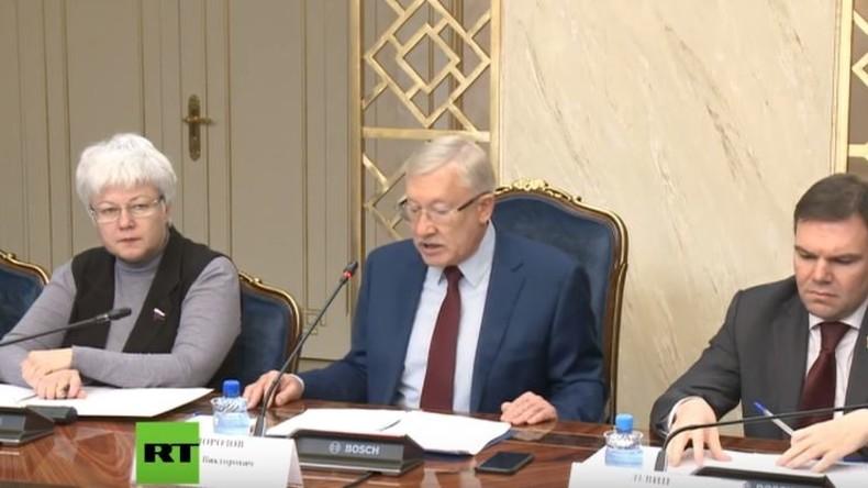 Föderationsratssitzung zu Einschränkungen für RT und Sputnik in den USA und Gegenmaßnahmen
