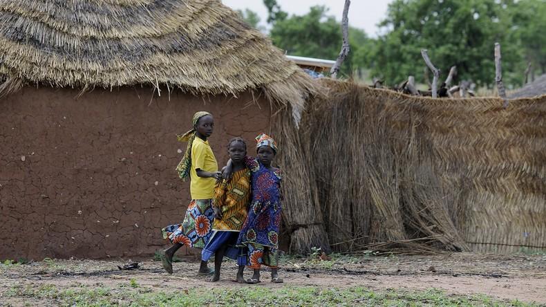 Terror auf Spielplatz in Kamerun: Mädchen sprengt sich und weitere fünf Kinder in die Luft