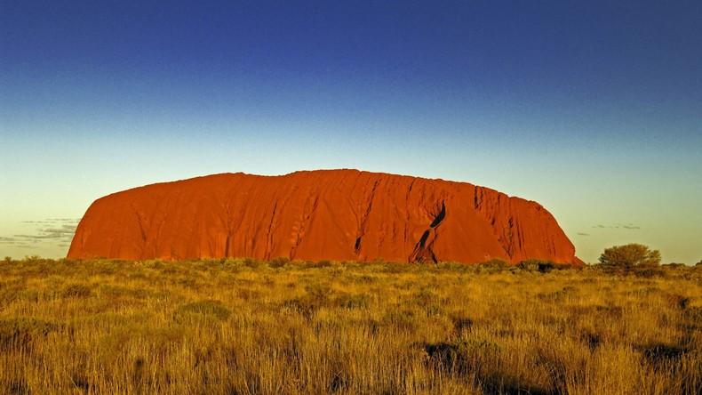 Australiens Heiliger Berg Uluru ab 2019 für Bergsteiger verboten