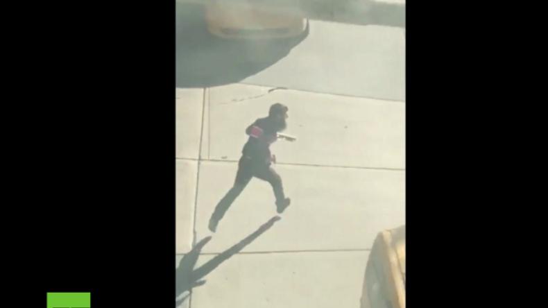 New York: Fußgängerin filmt Attentäter auf der Flucht und seine Ergreifung