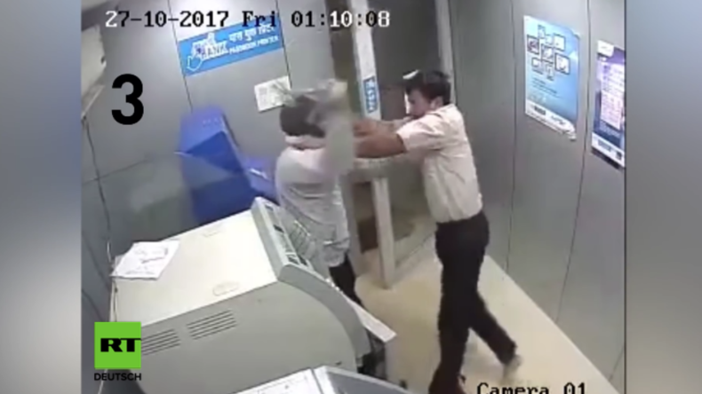 Alltagsheld: Wachmann kassiert von Dieb einen Hammerschlag nach dem anderen und bleibt standhaft