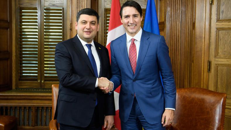 Made in Ukraine: Regierungschef Hrojsman schenkt Justin Trudeau ukrainische Socken