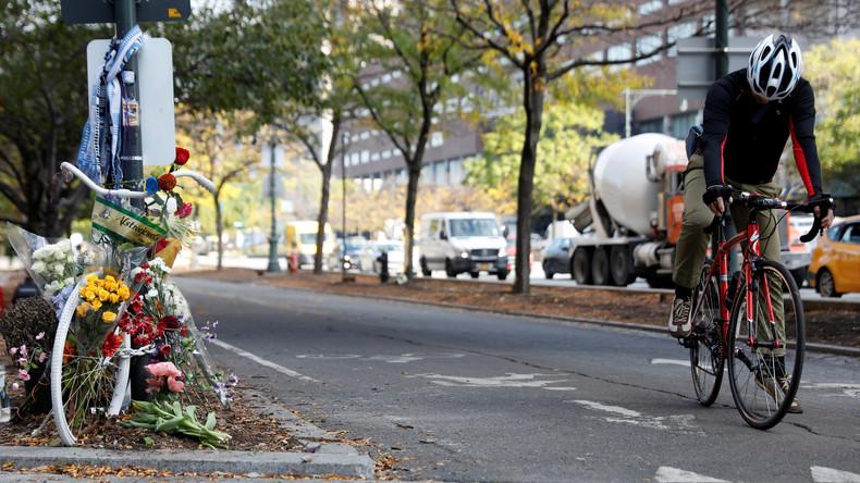 New York riegelt nach Terrorakt Fahrradweg mit Betonsperren ab