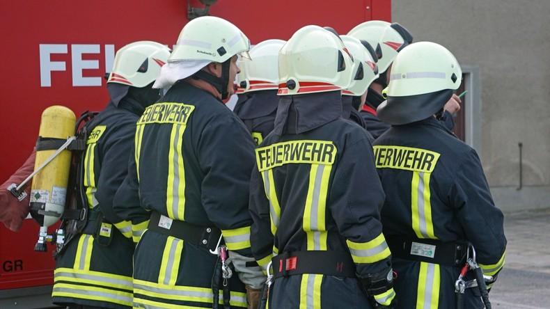 Viele Verletzte bei Feuer in Asylheim – Polizei nimmt Verdächtigen fest