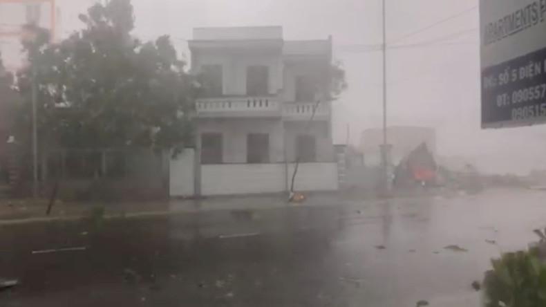 """Tropensturm """"Damrey"""" fordert mindestens 27 Menschenleben in Vietnam"""