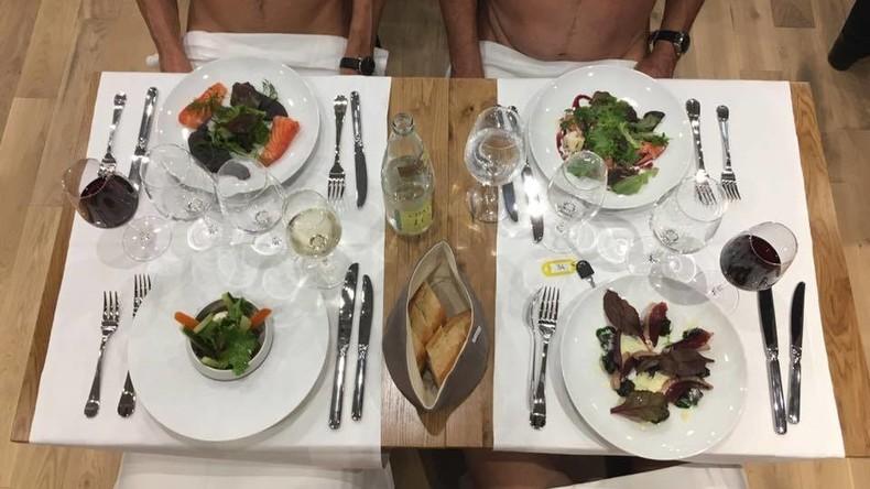 Körperliche Freuden: Restaurant in Frankreich beköstigt Nudisten