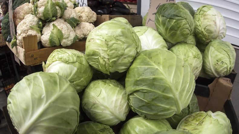 Vitamin-Überdosis auf A1: 26 Tonnen Salat und Gemüse bei Köln gelandet