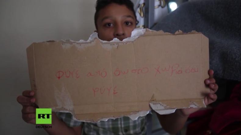 """Athen: """"Verschwindet!"""" - Unbekannte schmeißen Fenster der Wohnung einer afghanischen Familie ein"""
