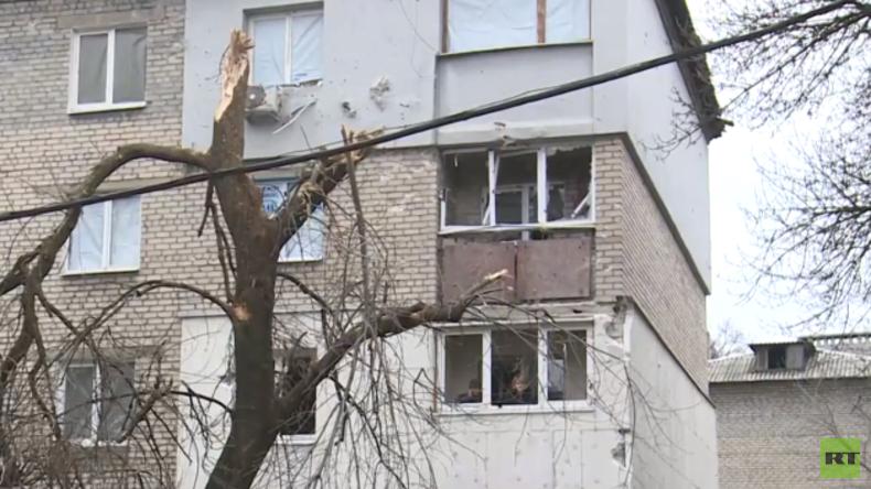Ukraine: Erneut starker Beschuss von Donezk, OSZE glänzt durch Abwesenheit [Video]