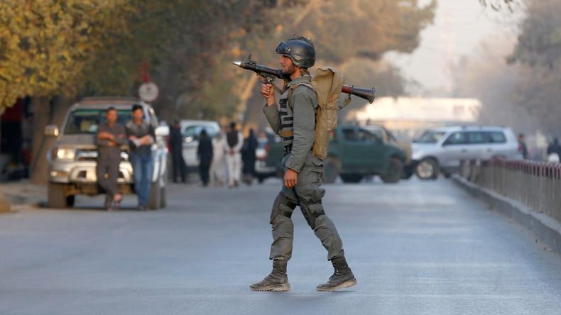 Bewaffnete greifen Fernsehsender in Kabul an