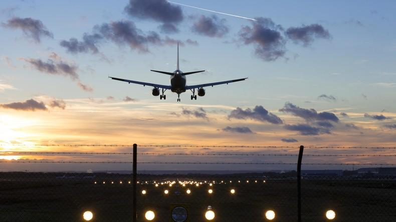 Zugriff am Flughafen Köln/Bonn Terror-Verdacht! Mutter warnt Behörden vor ihrem Sohn