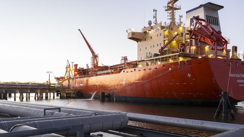 Faule Tricks auf dem Weg zum Monopol: USA verkaufen Erdgas aus Russland an Europa weiter