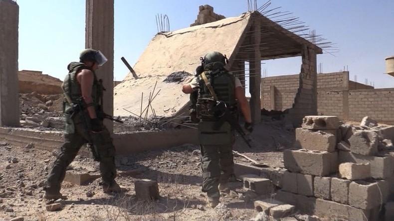 Russische Militärpioniere entschärfen 405 Sprengsätze in Deir ez-Zor