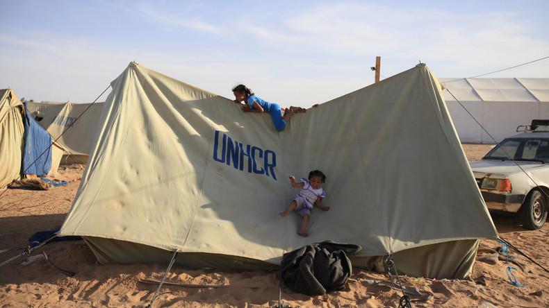 UN-Hilfswerk rettet erste Flüchtlinge aus Libyen