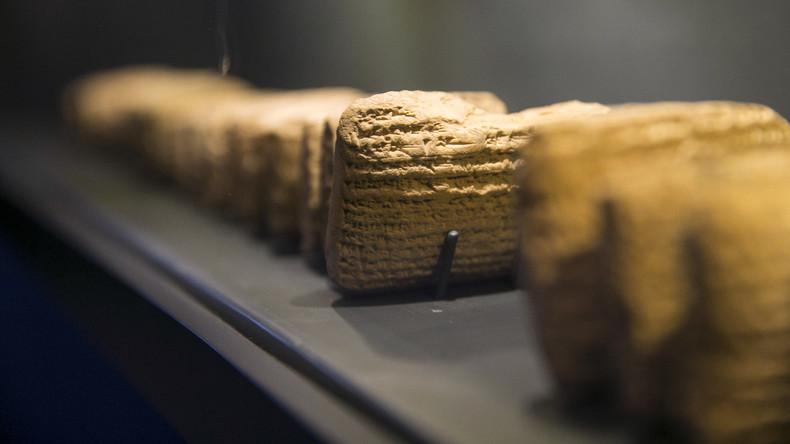 Familie vor 4.000 Jahren: Ehevertrag erlaubt Sexsklaverei für Kinderzeugung
