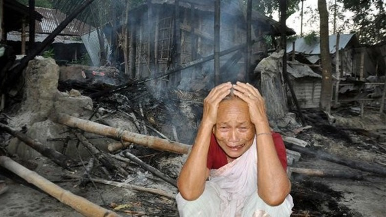 Mob brennt Hindu-Dorf nach angeblicher Islam-Beleidigung in Bangladesch nieder