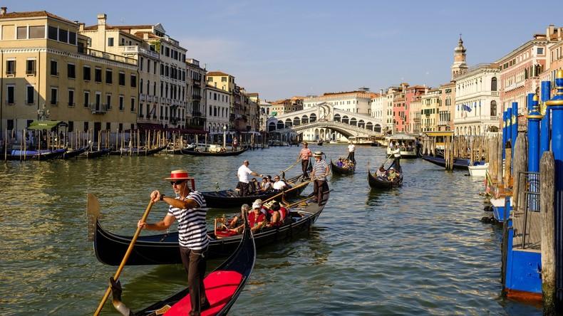 Bad Romance: Liebespaar kapert Gondel in Venedig - und muss gerettet werden