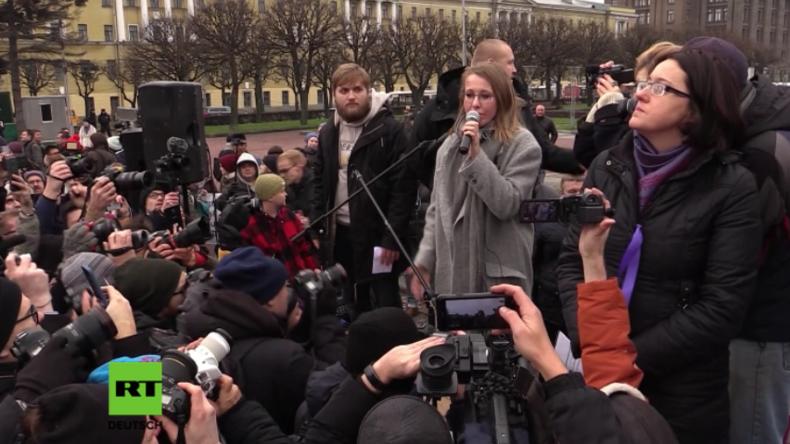 """""""Schande"""": Russische Präsidentschaftskandidatin Sobtschak bei Auftritt mit Buhrufen begrüßt"""