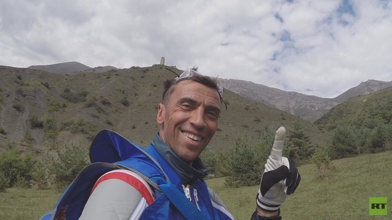 Waleri Rosows Sprung in die Ewigkeit: RT gedenkt des im Himalaya verunglückten Basejumping-Pioniers