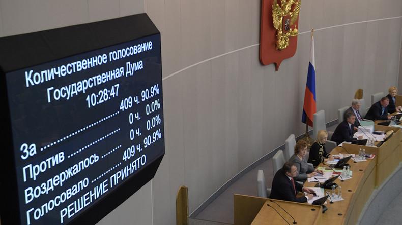 Russische Staatsduma erlässt Agentengesetz für Auslandsmedien als Reaktion auf US-Maßnahmen gegen RT