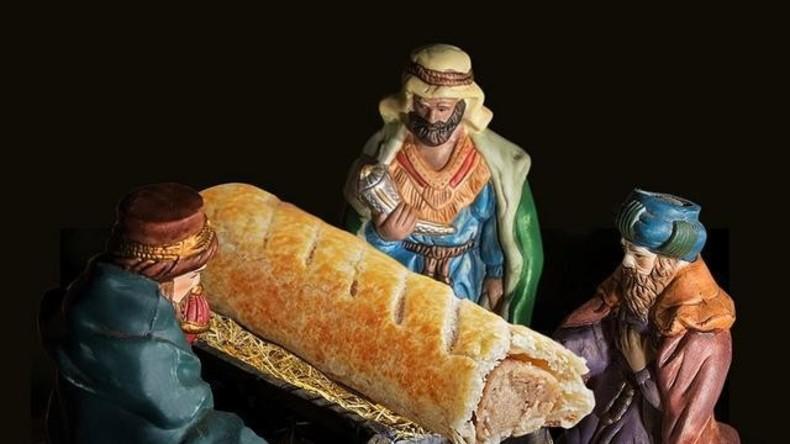 """Frohes """"Wurstnachten"""": Bäckereikette ersetzt Christkind durch Würstchen und muss sich entschuldigen"""