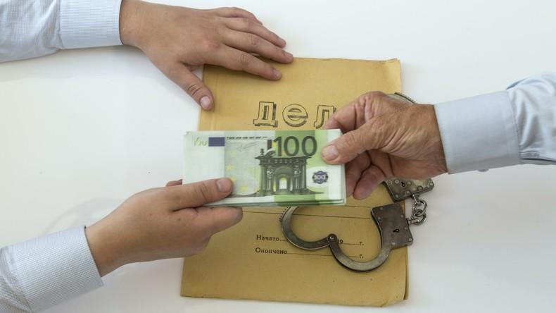 Studie zeigt auf: Jeder dritte Russe zahlte schon einmal Bestechungsgelder