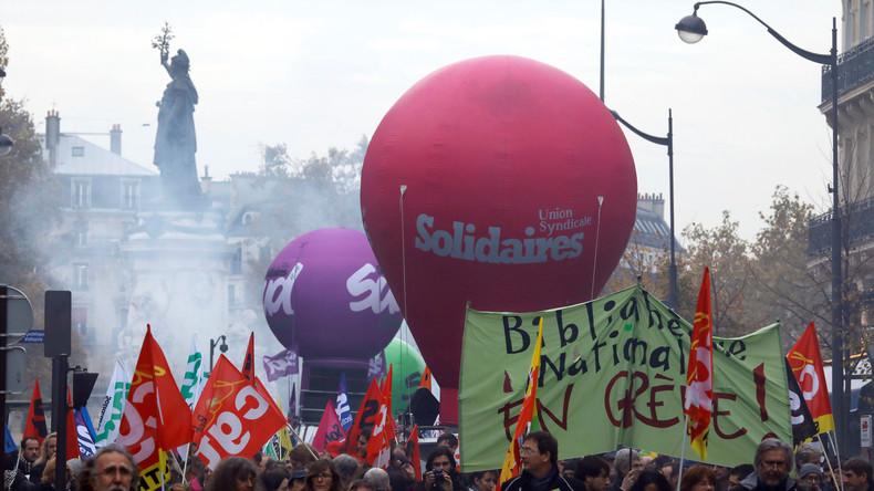 LIVE: Gewerkschaften protestieren in Paris gegen Arbeitsrechtsreform der Macron-Regierung