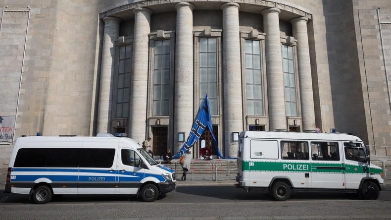 Gerichtsbeschluss: Berliner rechtsextremer Polizist wird aus Beamtenverhältnis entlassen