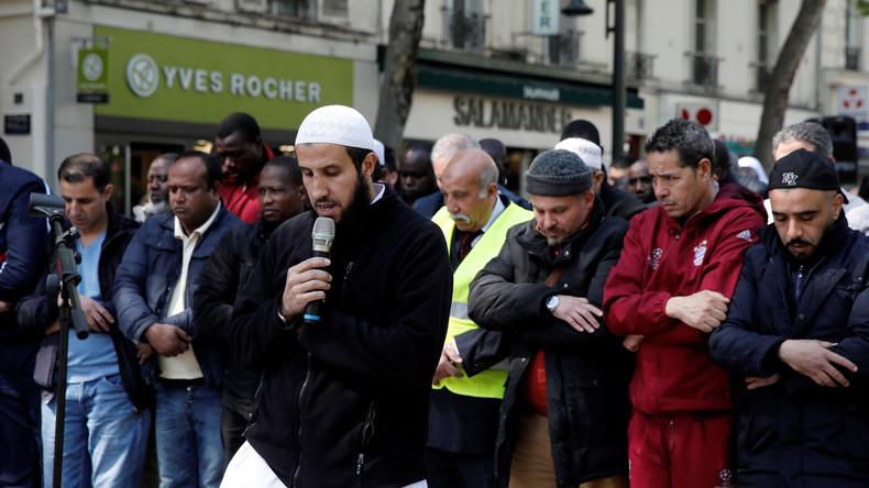 Live ab 12:30 Uhr: Proteste in Paris gegen Gebete auf der Straße