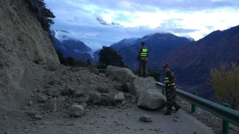 Erdbeben der Stärke 6,9 erschüttert Tibet