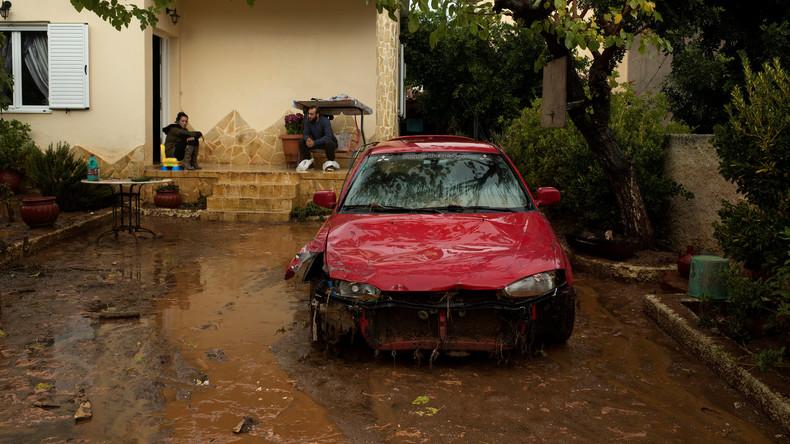 Zahl der Flutopfer in Griechenland steigt auf 19