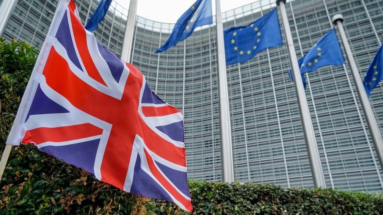 Während Brexit-Gespräche stocken: Britische Familien erleiden finanzielle Verluste seit Referendum
