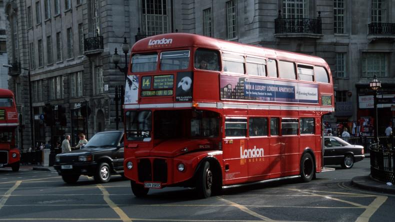 Macht nicht nur wach, sondern auch schnell: London will Kaffee für Antrieb von Bussen nutzen