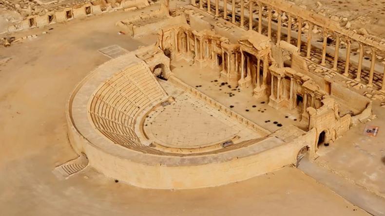 Auferstandenes Wunder: Russen lassen Palmyra dank tausender Drohnen-Bilder in 3D neu erstehen
