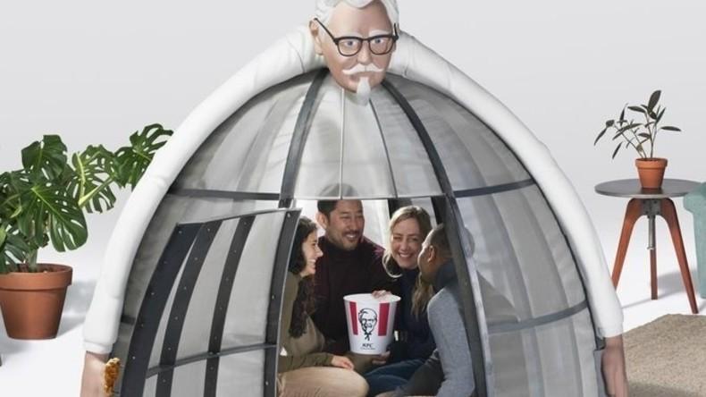 Kein Netz, nur Brathähnchen: KFC stellt Zelt vor, in dem man dem Internet entkommen kann