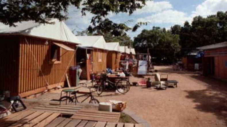 Japanischer Architekt bekommt Preis für Papphäuser für Flüchtlinge
